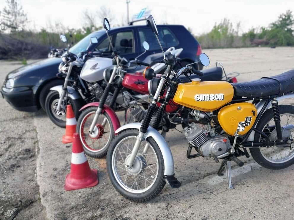 BD Autósiskola motoros E-learning KRESZ tanfolyam gyakorlás - rutinpálya Mohács - gépjármű flotta 2